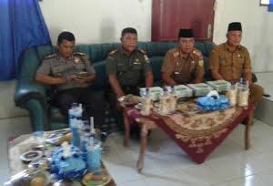 Danramil Kapten inf Asep Rukman Menghadiri Sertijab Camat