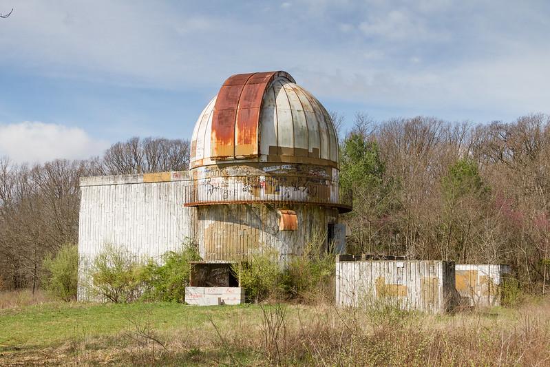 abandoned illinois, abandoned observatory, observatory oakland, observatory illinois, observatory astronomy,