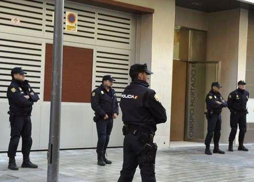 LA POLICÍA REGISTRA LA SEDE DE PODEMOS