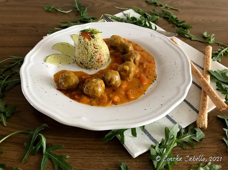 albóndigas-curry-plato