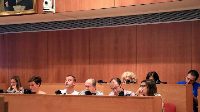Bancada socialista en el pleno del Ayuntamiento