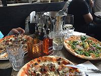 Pizzalunsj i Oslo.