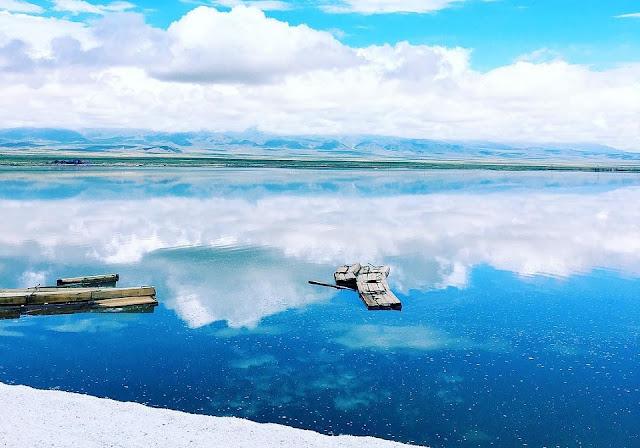 Ngẩn ngơ trước vẻ đẹp hồ muối Chaka, gương của bầu trời Trung Quốc