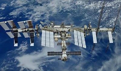 Dandalin kimiyya : International Space Station