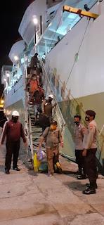 Beri Rasa Aman, Polsek Soeta Rutin Lakukan Pengamanan di Pelabuhan Makassar