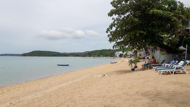 หาดบ่อผุด สมุย จ.สุราษฎร์ธานี