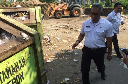 kepala dlh kota cirebon tinjau tempat pembuangan sampah