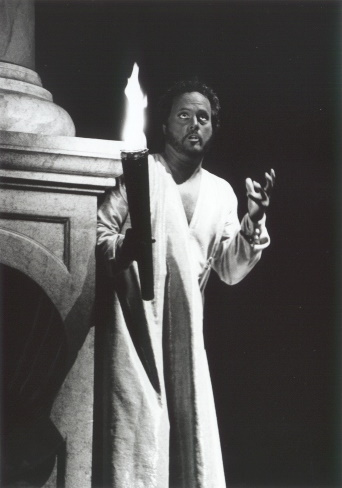 Bruce Ford as Rossini's Otello