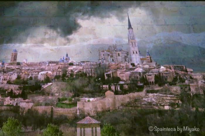 世界遺産セゴビアの大聖堂の古い塔