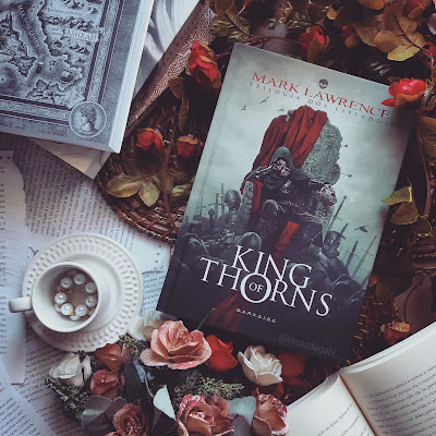 Resenha King Of Thorns - Mark Lawrence - DarkSide Books