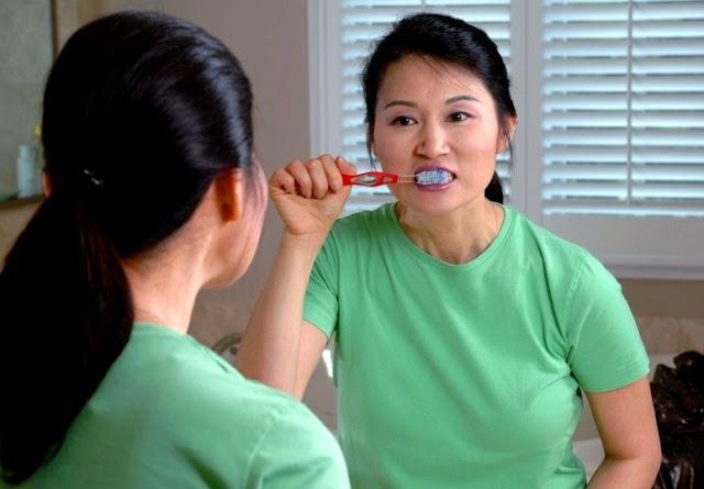 Hukum Sikat Gigi Saat Puasa Batas Waktu Gosok Gigi