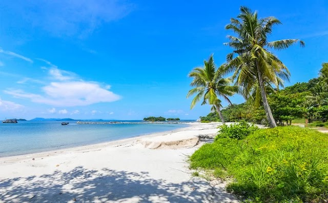 Unspoiled beauty on the Pirate Islands