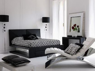 Black and Mirrored Bedroom Furniture