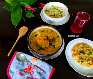 Rice dal kichdi with vegetables