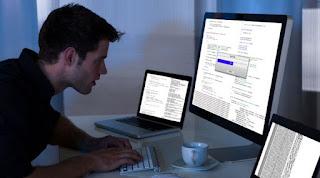 Profesi dalam Bidang Teknologi Informasi