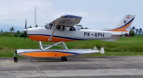 pesawat seaplane API Banyuwangi