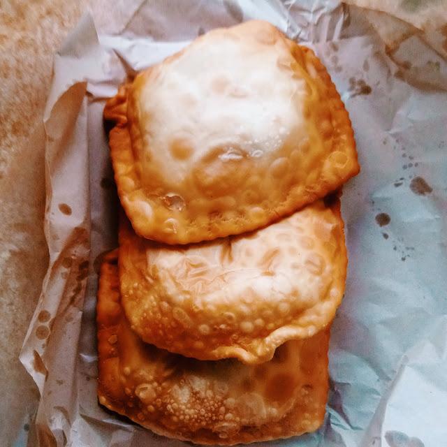 Empanadas Fritas - La Casa del Mono