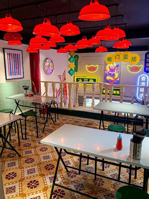 Tiệm mì HongKong màu sắc Minkee Quận 4 navivu.com