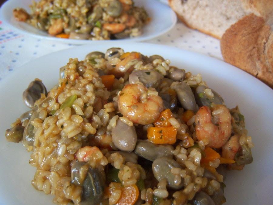 Receta arroz integral con fabas de mayo y gambas