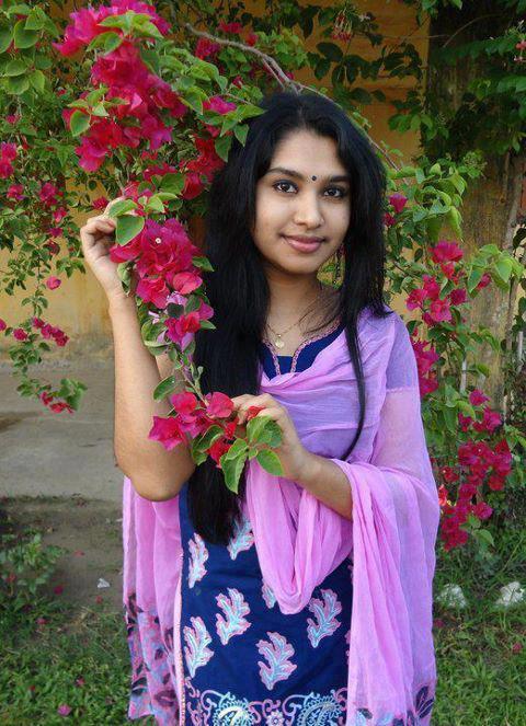 India escort service women seeking men india escorts24sevencom - 1 4