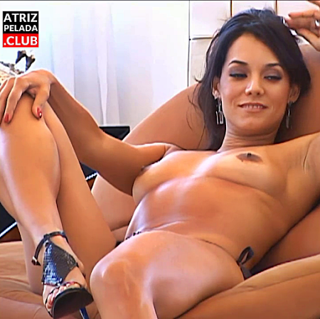 Mônica Carvalho pelada em Making Of Playboy