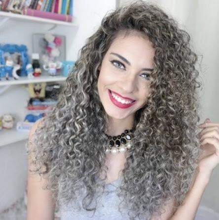 loose perms long hair Correspond to 2021