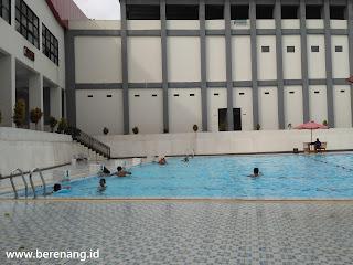 kolam renang tirta yudha buka jam berapa