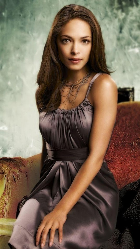 Kristin Kreuk Long Dress   Galaxy Note HD Wallpaper