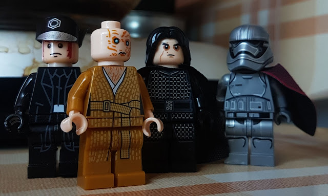 General Hux, Supreme Leader Snoke, Kylo Ren and captain Phasma