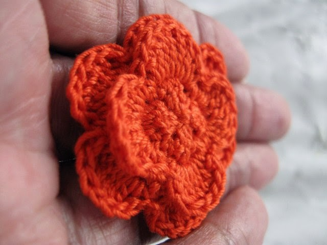 https://www.etsy.com/listing/128336723/clutch-back-flower-pin-handmade-crochet?ref=shop_home_active_3