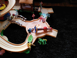 Jungle Junction, Disney Junior, Jungle Junction Toys