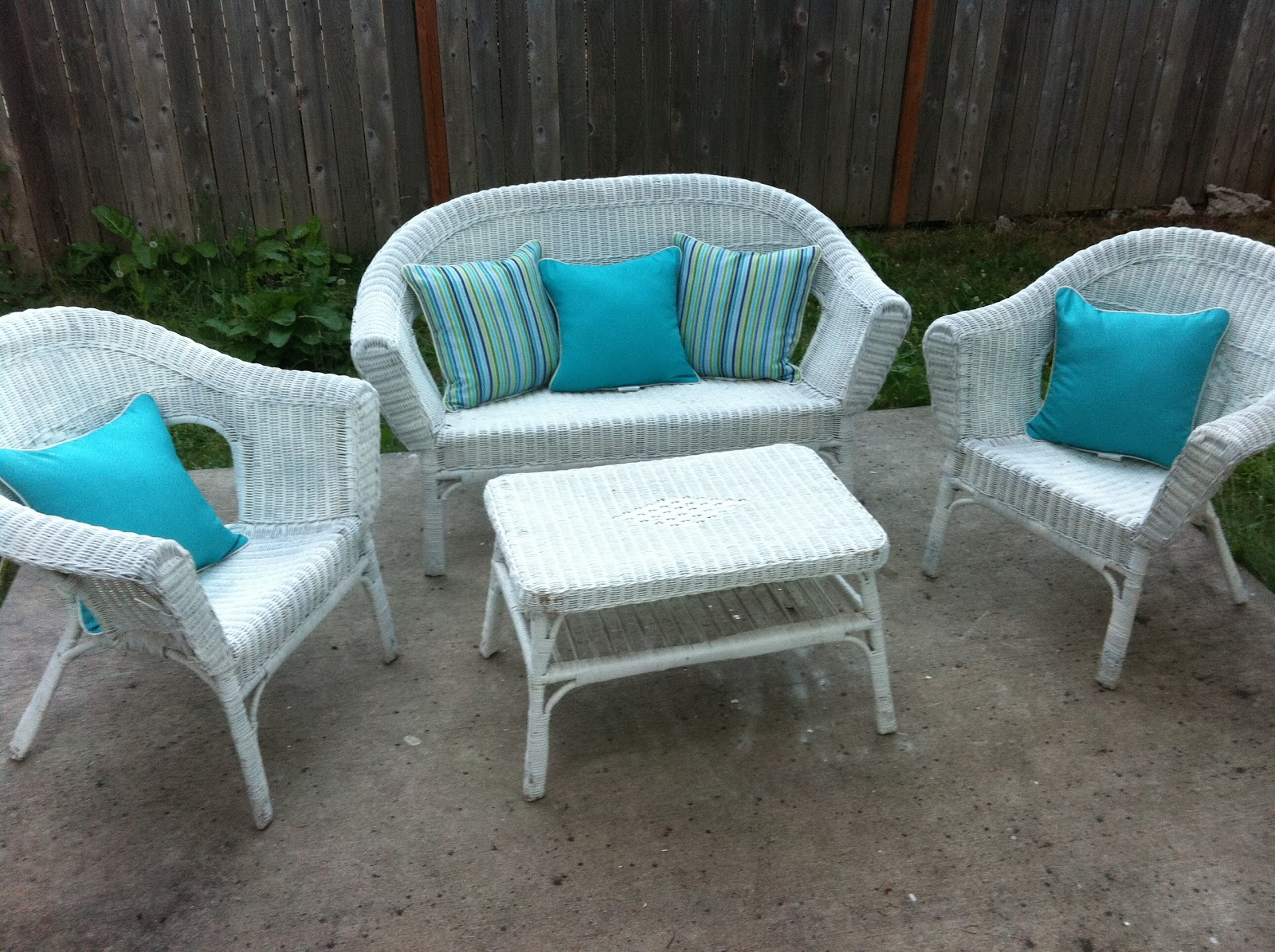 Not So Shabby - Shabby Chic: Patio furniture face lift!