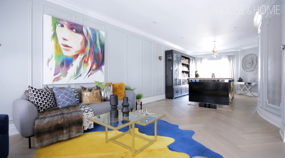 15 Interior Design Photos vs. Eclectic Home Filled With Unexpected Design Moments