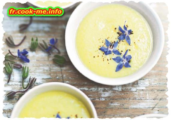 Velouté froid de chou-fleur au safran et fleurs de bourrache