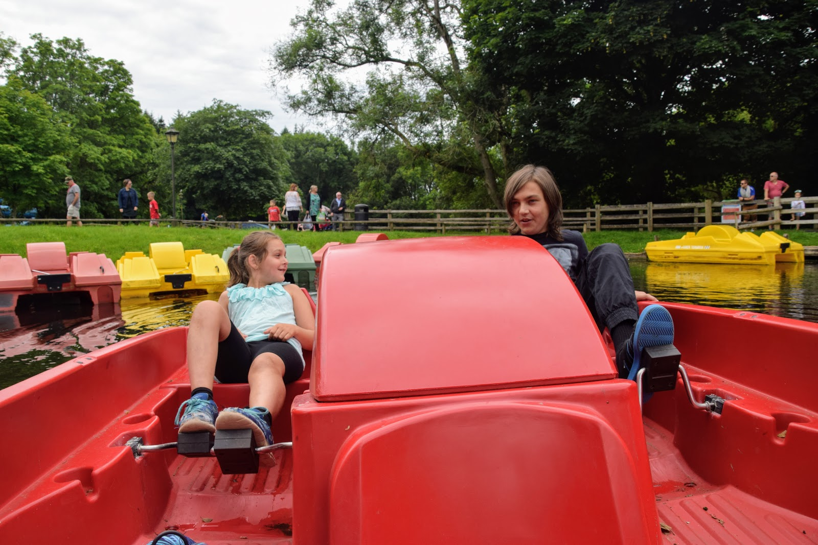 , Oakwood Theme Park Review and Competition