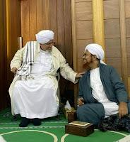 Cara Komunikasi Dengan Waliyullah Menurut Habib Umar bin Hafidz