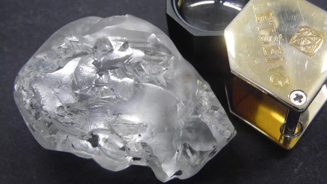 Encuentran en África un diamante de 442 quilates que podría valer 18 millones de dólares