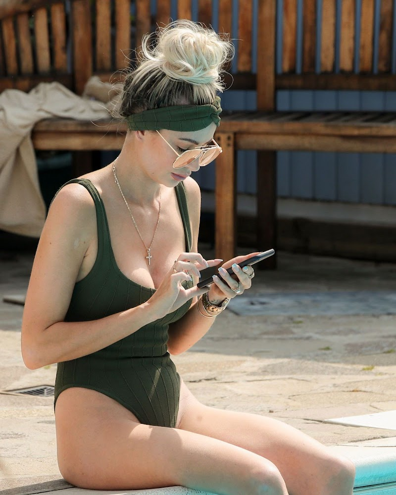 Olivia Attwood Clicked in Swimsuit on the Set of TOWIE in Essex 10 Aug -2020