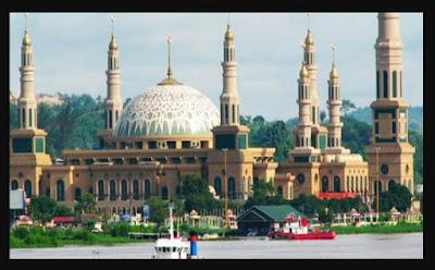 Pulau Lombok, pulau seribu masjid