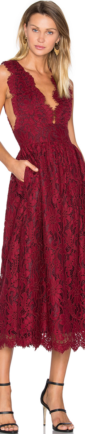 X BY NBD ADALYNN DRESS IN BORDEAUX