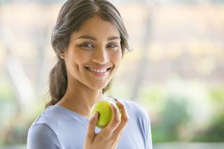 البشرة الدهنية للرجال  عيوب البشرة الدهنية  علاج البشرة الدهنية للنساء  علاج البشرة الدهنية الحساسة  ما هي البشرة الدهنية  علاج البشرة الدهنية بالاعشاب  علاج البشرة الدهنية في المنزل  التخلص من البشرة الدهنية نهائياً