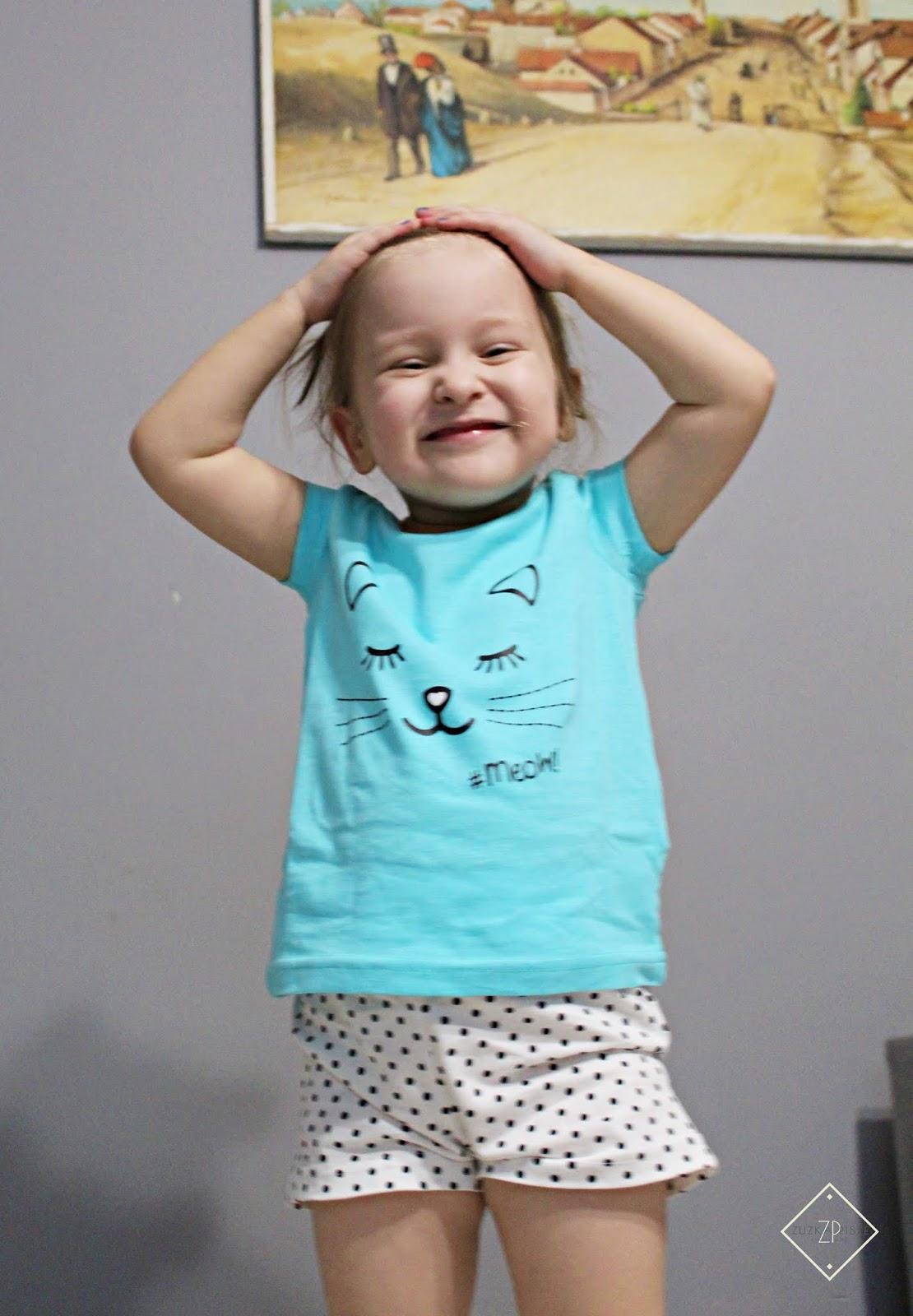Słodkich snów - piżama z krótkimi spodenkami z bawełny organicznej BONPRIX