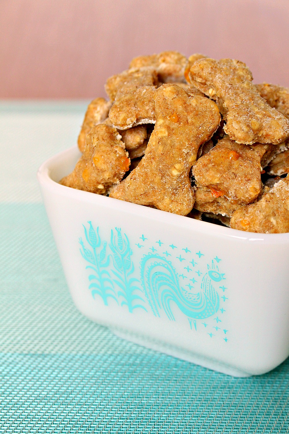 How to Make Homemade Dog Treats
