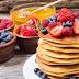 Clatite americane pufoase, un deliciu pentru micul dejun