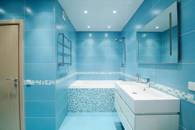 ห้องน้ำสีฟ้า
