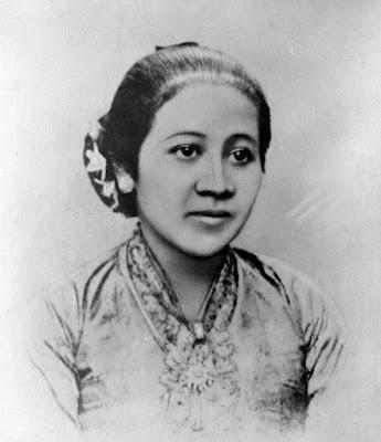 Foto R.A. Kartini Format JPG