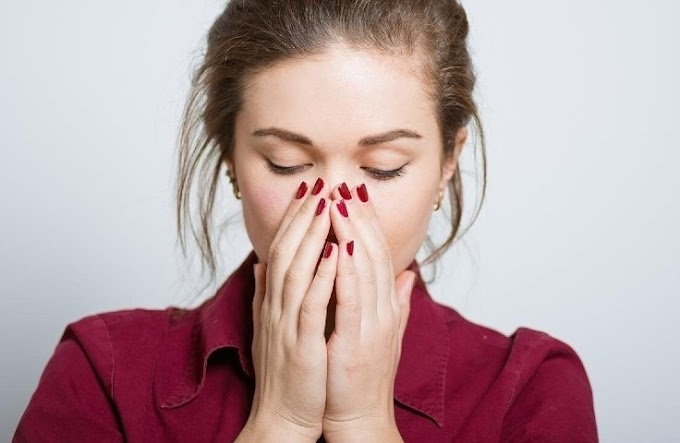 How does the most common symptom of corona virus appear in a patient?