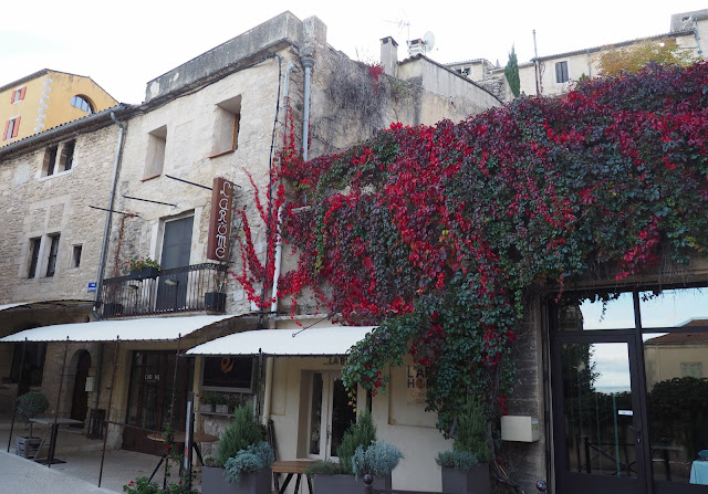 Прованс, Франция – в деревне Бонньё (Provence, France - in the village of Bonnieux)