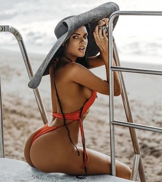 Thong Bikini Models Sexy Big Round Booty HD Beauties