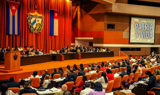 Gobierno cubano quiere admitir que ya se acabó, pero les da pena